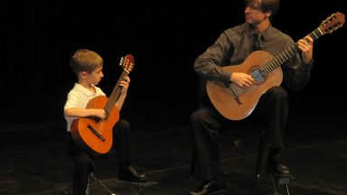 The Secret Guitar Teacher: Playing guitar passionately