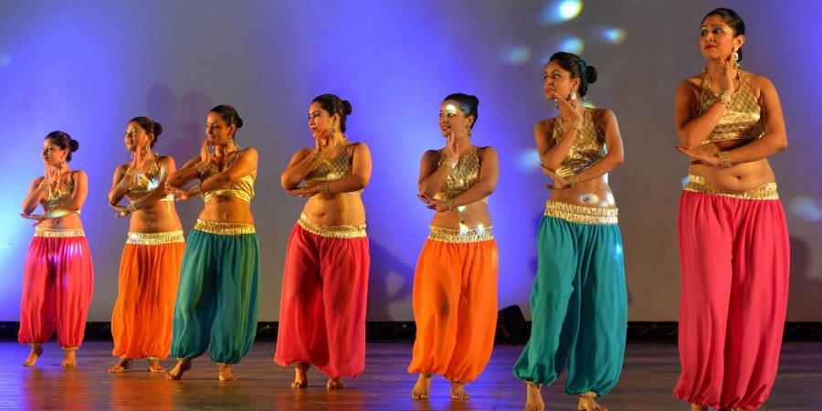 5 Good Reasons Why You Should Do Belly Dancing - YouQueen