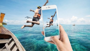 Take professional pictures with your smartphone?!