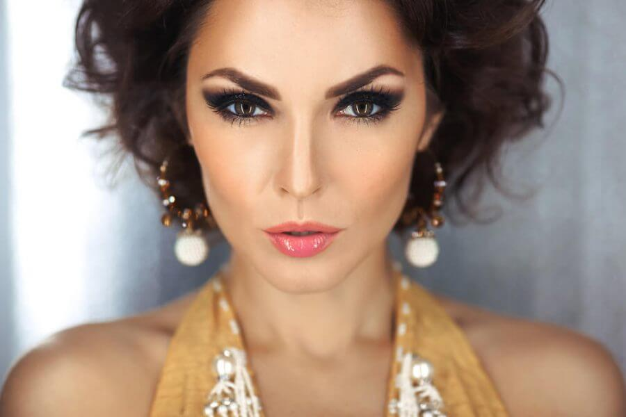 woman with evening make-up